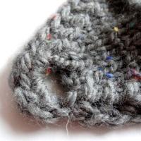 Anleitung: Knöpf-Stirnband stricken