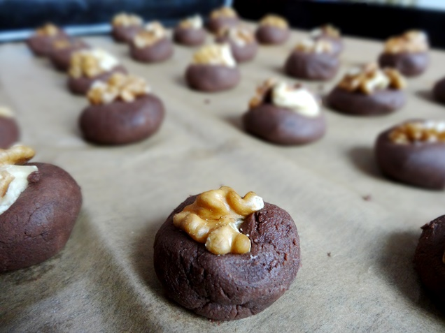 Rezept: Vegane Schoko-Walnuss-Cookies (glutenfrei)