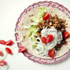 veganer gyros wrap mit tzatziki glutenfrei rezept