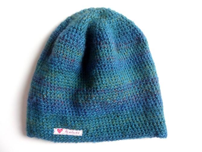 Anleitung: Blaue Häkelbeanie aus flauschiger Mohair-Wolle | Lisibloggt
