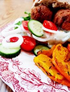 rezept vegane falafel burger kuerbis pommes lisis vegan food 7