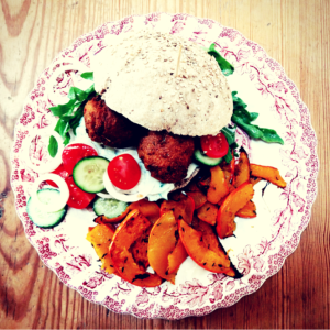 rezept vegane falafel burger kuerbis pommes lisis vegan food