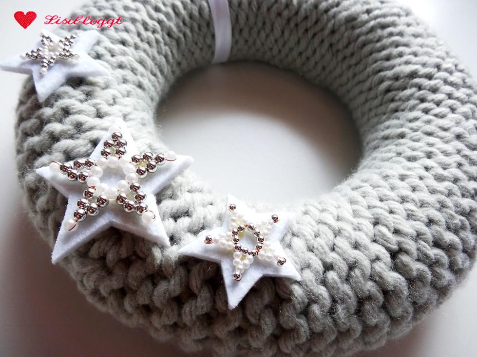 Anleitung Weihnachtlichen Türkranz Stricken Lisibloggt