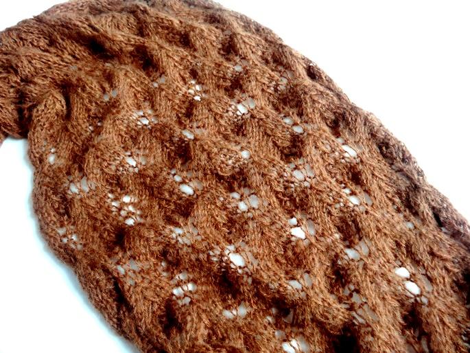 Entdeckung der Woche: Braun-oranger Lace-Schal mit Ajourmuster ...
