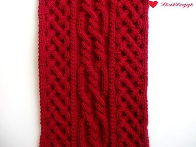 Anleitung: Loopkragen mit keltischem Zopfmuster stricken