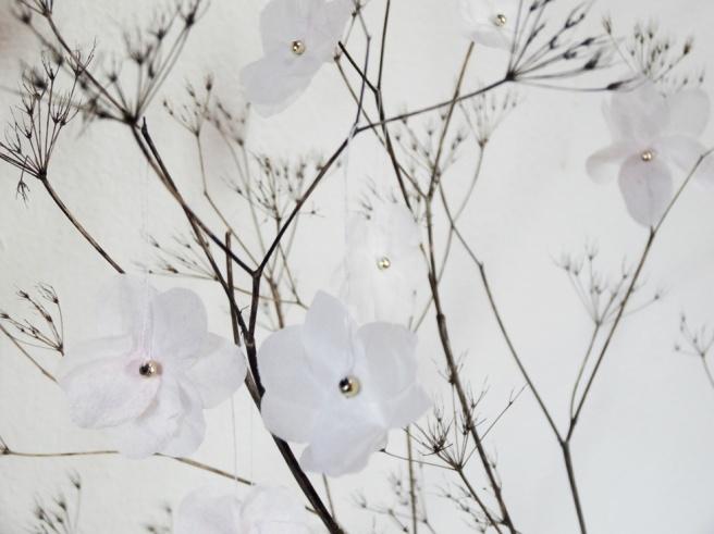 Anleitung: DIY-Kirschblüten aus Servietten basteln