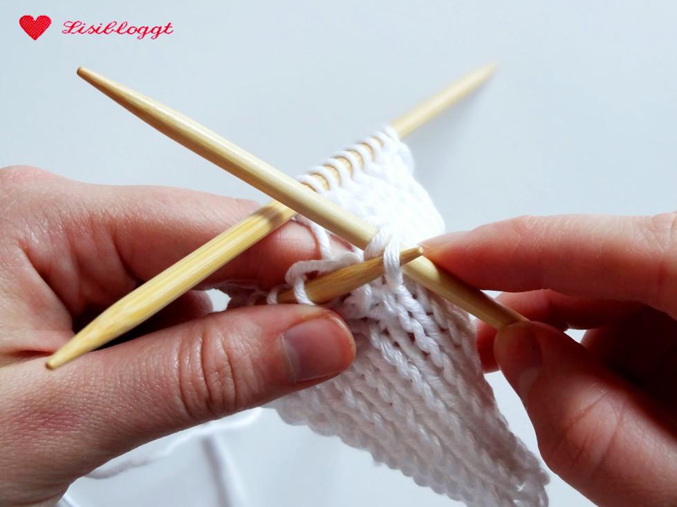lisitipps verlorene maschen beim stricken wieder aufnehmen lisibloggt. Black Bedroom Furniture Sets. Home Design Ideas