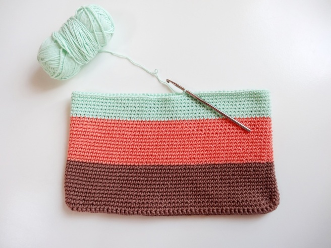 Anleitung: Einfache Häkeltasche aus Baumwollgarn