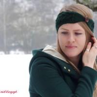 Anleitung: Stirnband mit gegenläufigem Zopf stricken