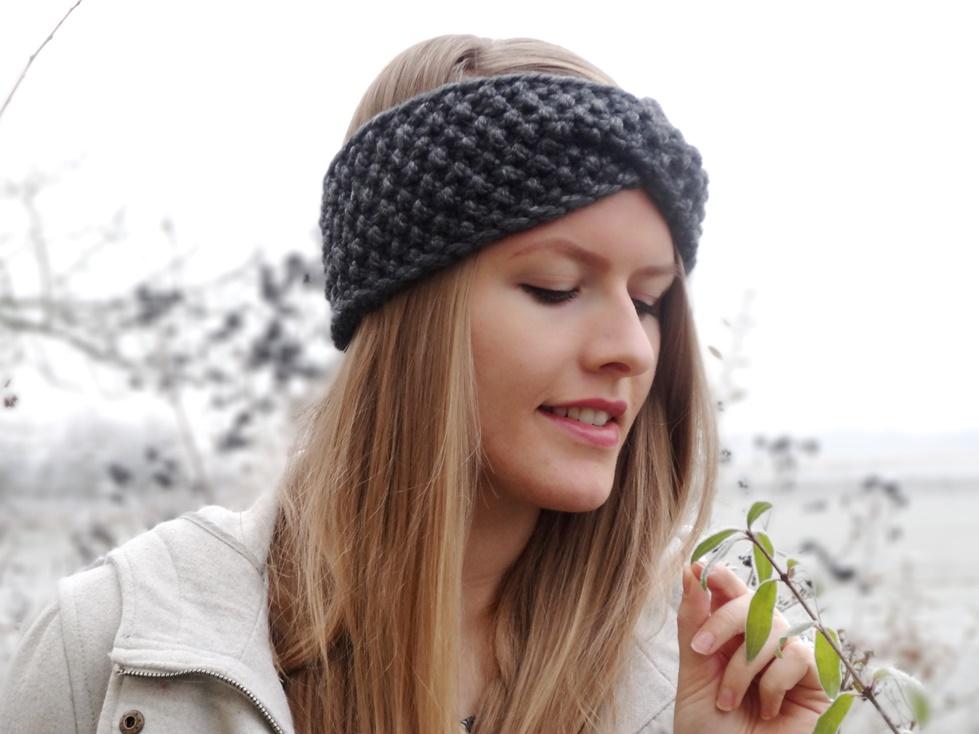 Anleitung: Twist-Stirnband mit Perlmuster stricken (mit Video ...
