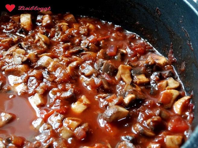 Rezept: Vegane Krautwickel mit Salzkartoffeln und Soße