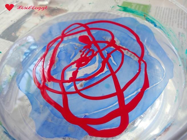 Anleitung: Ostereier marmorieren mit Nagellack