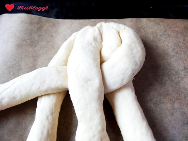 Rezept: Veganen Osterzopf backen