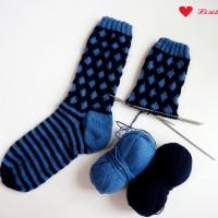 Anleitung: Punkte-Streifen-Socken mit einfachem Muster stricken