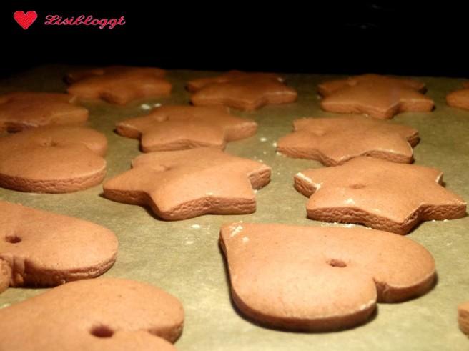 Rezept: Vegane Lebkuchen-Anhänger backen