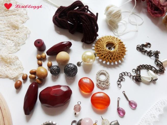 Anleitung: Traumfänger mit Spitze und Perlen