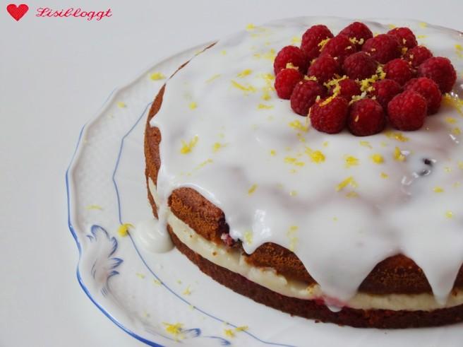 Rezept: Einfache vegane Himbeer-Torte