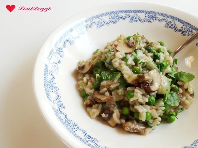 Rezept: Veganes Erbsen-Pilz-Risotto mit Zitronenoel